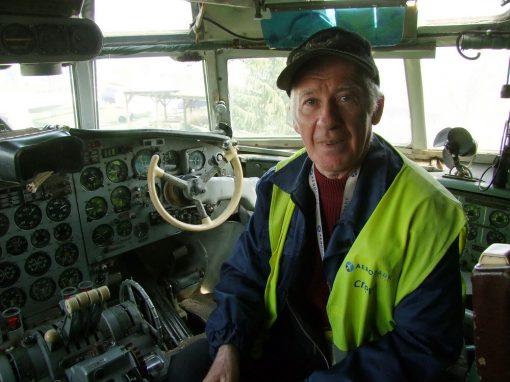 Mindenem a repülés - Nagyváthy Sándor fedélzeti mérnök