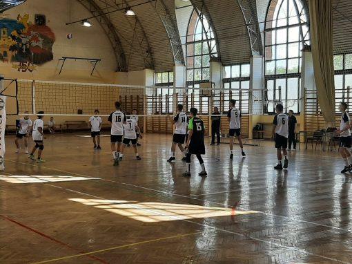 RÖPLABDA - Elindultak az U19-es bajnokságok